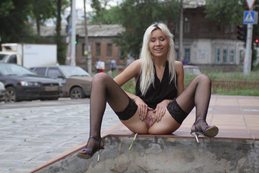 Порно русское в общественном месте, фото телок поебушек