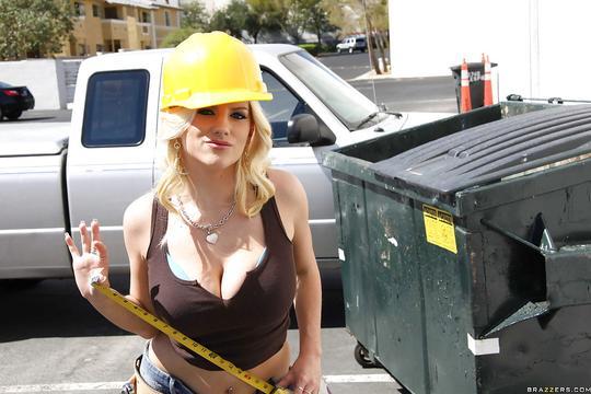 Порно строители с девушкой 14
