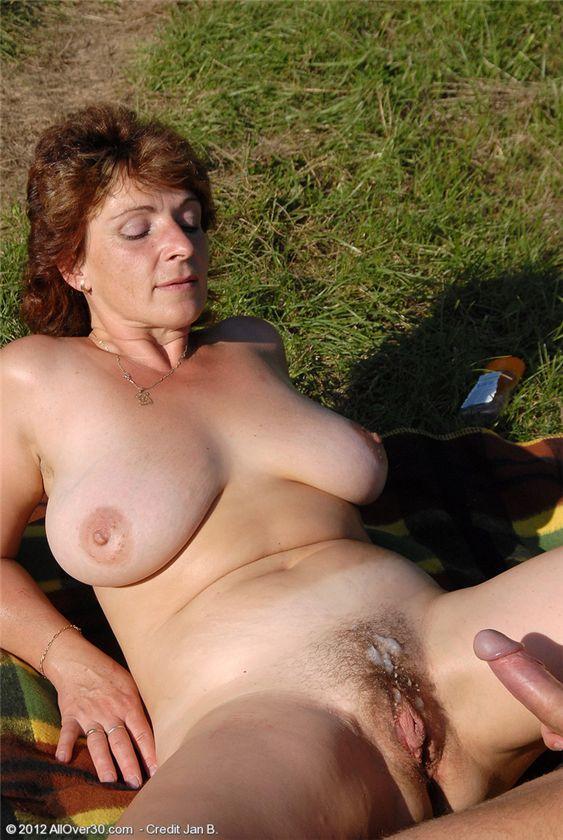 Сперма на волосатом лобке порно фото негритянки порно